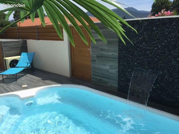 Appartement de standing avec piscine/jacuzzi chauffée privée