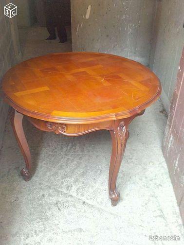 annonces de meubles tables d 39 occasion vendre toulouse 31500. Black Bedroom Furniture Sets. Home Design Ideas