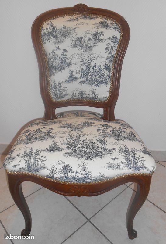 Paire de chaises louis xv jouy gris