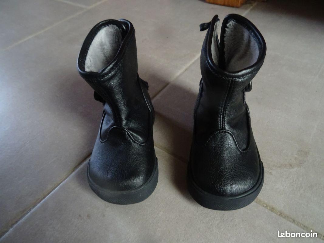 Bottines noires, 20