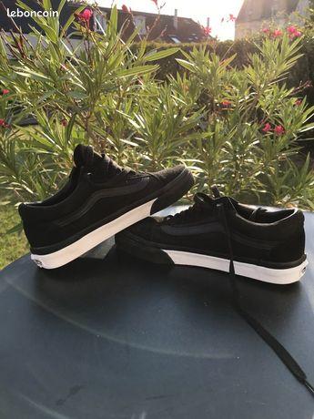 Chaussures vans noires neuves