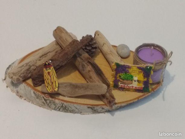 Centre de table en bois flotté avec lavande
