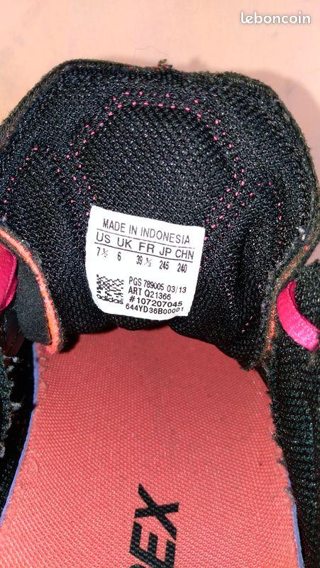 Basket adidas noir et rose 39 1/3 =38 bon etat