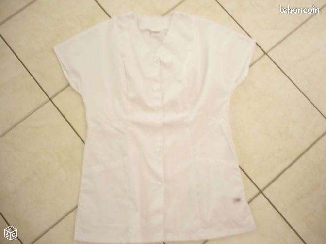 Blouse blanche NEUVE taille 40 - Chauvigny - blouse blanche NEUVE, modèle court TAILLE 40 envoi à votre charge  - Chauvigny