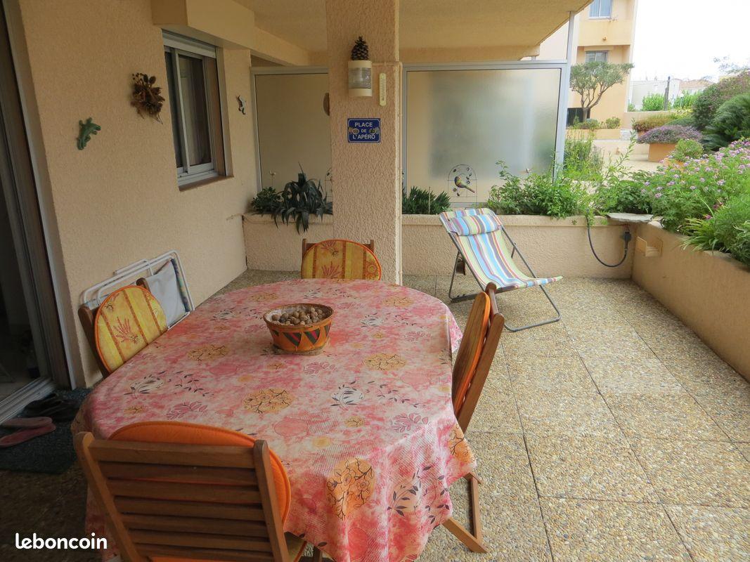 Appartement rdc 60 m2 avec terrasse, garage et clim hyeres