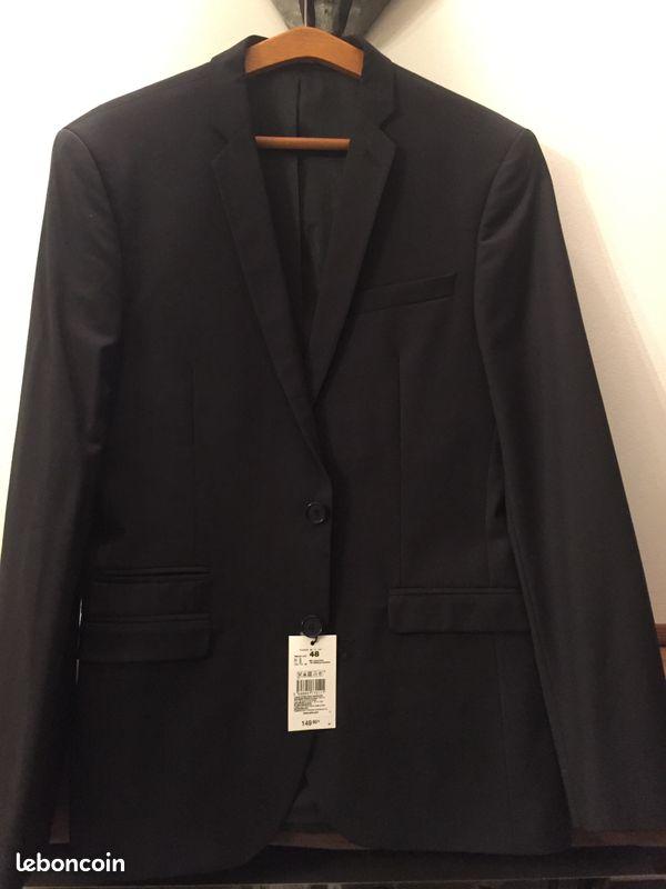 A vendre un costume 3 pieces homme