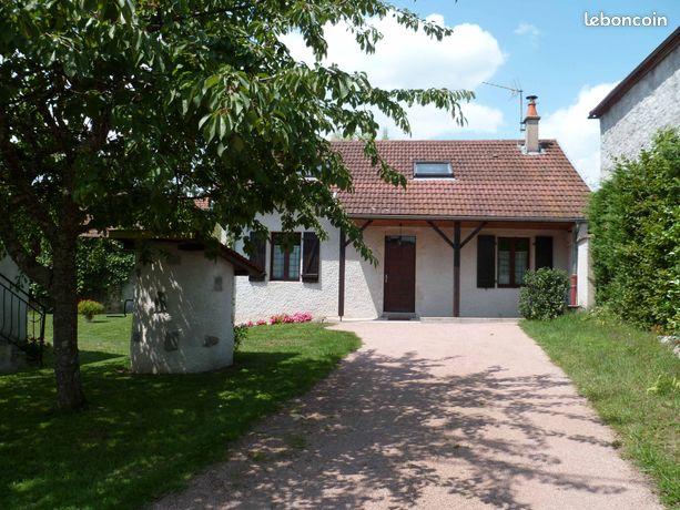 Maison à la campagne en Auvergne