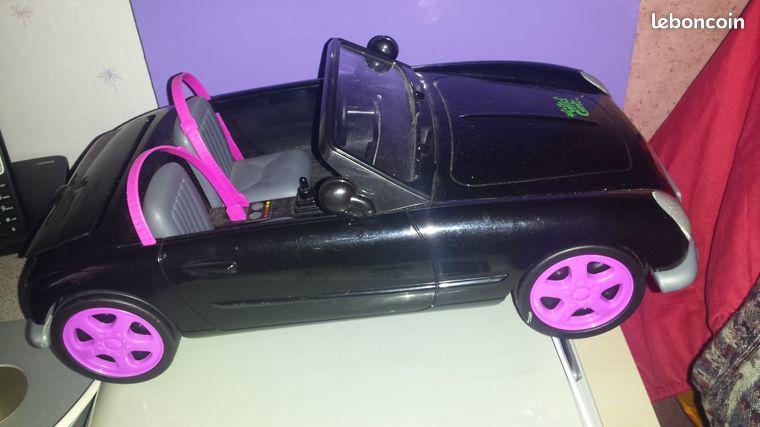 Voiture monster high - Maubeuge - Vends voiture pour poupée monter high Disponible à maubeuge Prix 15 euros  - Maubeuge