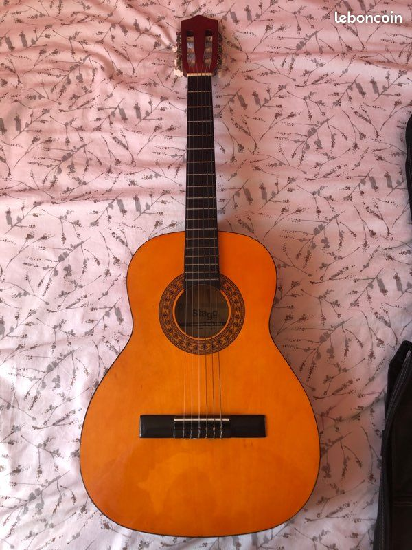 Guitare stagg acoustique 3/4 gaucher