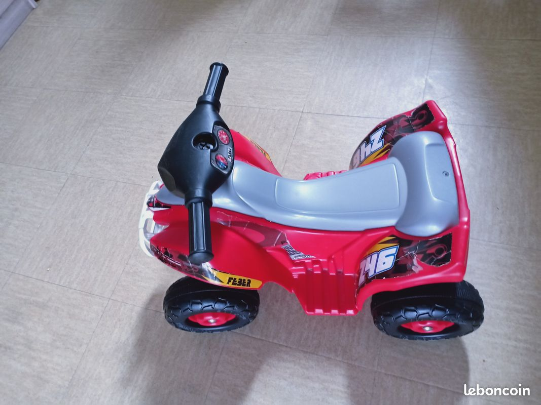 Moto quad pour les enfants