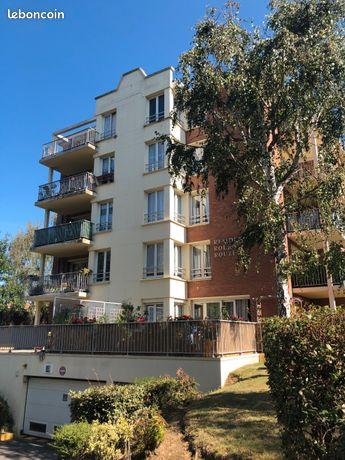 Appartement T2 refait à Neuf, centre ville 49m² avec garage