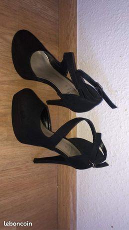 Chaussure à talon 36