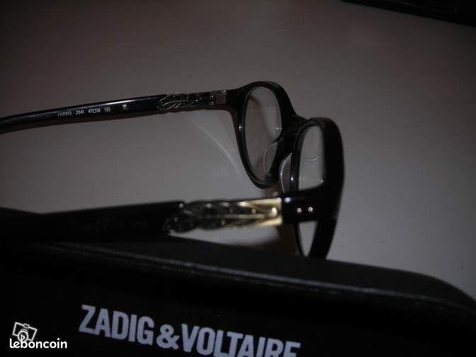 a552c9436422d2 Accessoires   Bagagerie   zadig voltaire  porte monnaie  sac pochette