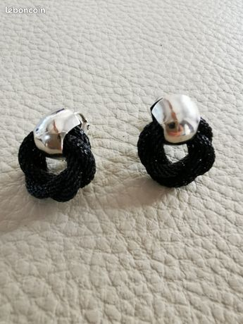 Boucles d'oreille noeud noir