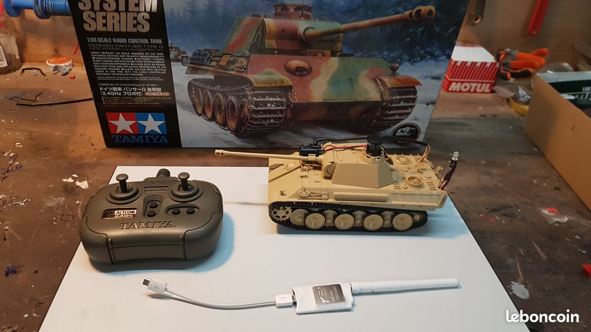 2 x tanks rc tamiya 1/35 2.4ghz battle system + systeme fpv 5.8ghz
