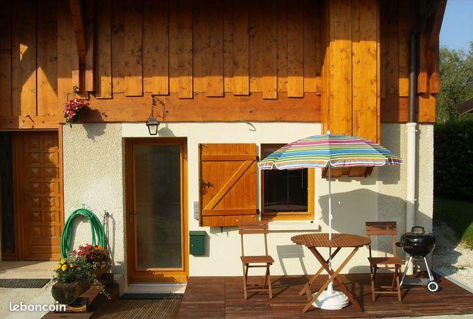 Annecy-Poisy 2 jolis studios climatisés entre lac et montagnes