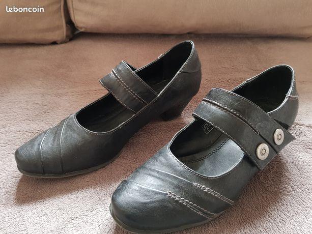 Chaussures d'occasion bottes et basket Meuse leboncoin