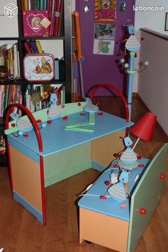 meubles enfants moulin roty tbe equipement b b pas de calais. Black Bedroom Furniture Sets. Home Design Ideas