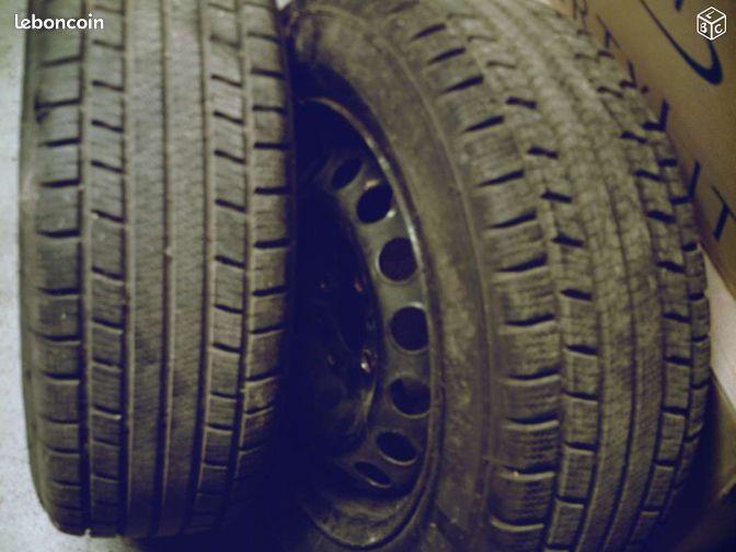 Roues neige entraxe fiat 195x60x14 - Audeville - 2 roues neige pour entraxe fiat montées pneus 195x60x14 état proche du neuf marque michelin M+S 130 à prendre sur place  - Audeville