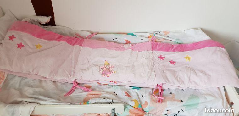 Tour de lit Six coussins en velours pour lit b/éb/é 70 x 140 cm