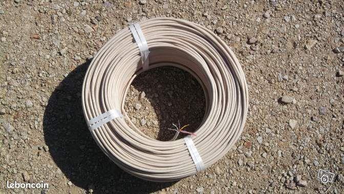 Cable t l phone france telecom ptt bricolage puy de for Cable france telecom exterieur