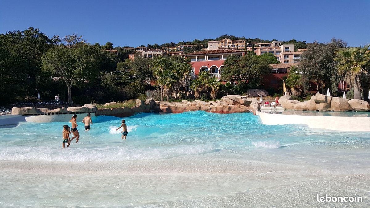 Maison 3 ch les restanques piscine chauffée