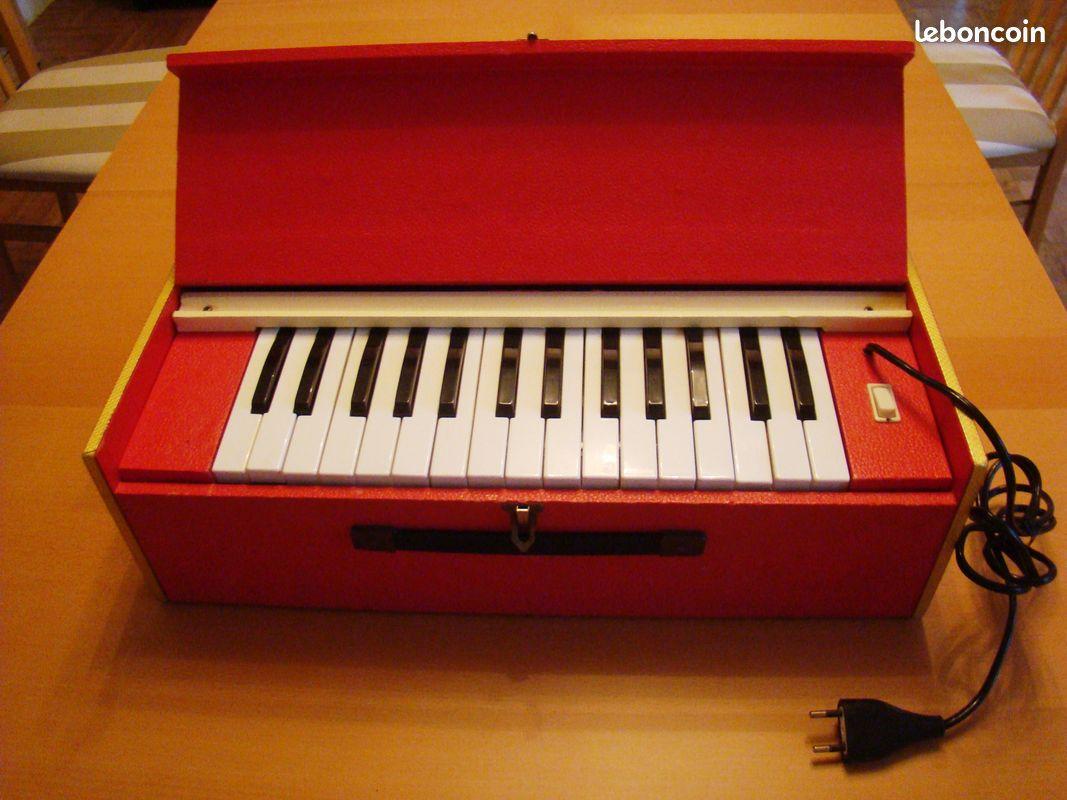 Harmonium électrique.....années 60