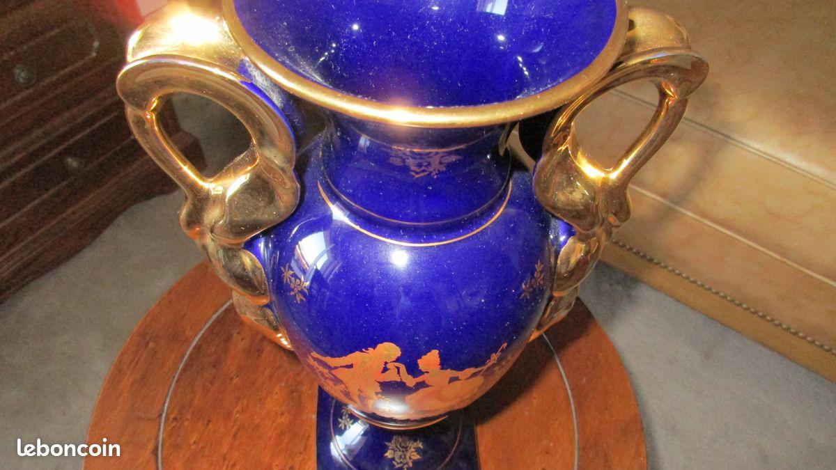 Vase bleu de four