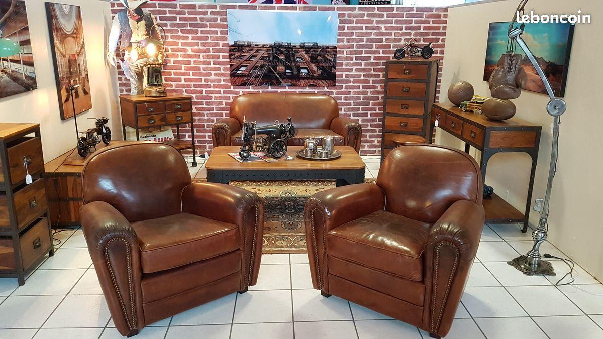 Salon cuir avec 2 fauteuils club+1 canapé club 2 p