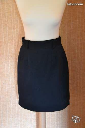 Jupe noire - Rennes - Jupe droite noire pour tailleur ou uniforme taille 40  - Rennes