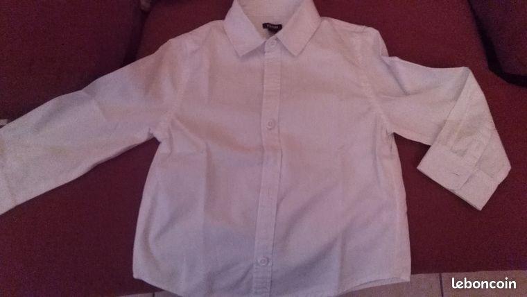 Chemise blanche 3 ans 5 neuve
