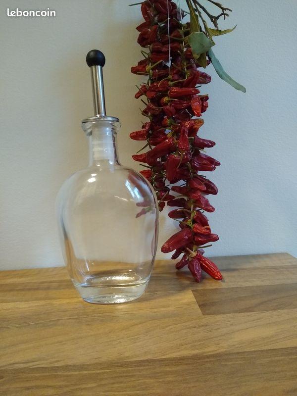 Huilier ou vinaigrier vintage en verre