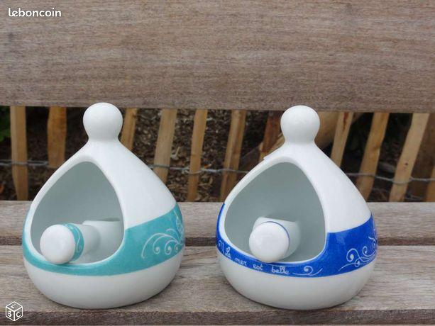Main à sel en porcelaine de Limoges peint main