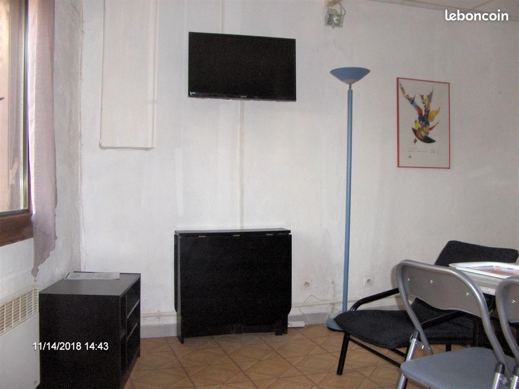 Studio meublé en RDC Avignon