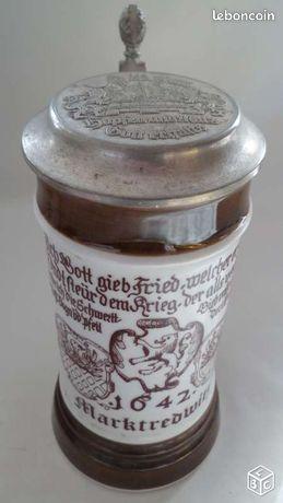 Chope de biere porcelaine - Le Pont-de-Claix - Jolie chope de bière allemande en porcelaine Marktredwitz 1642 Hauteur 20 cm en très bon état possibilité d'envoi 7 euros  - Le Pont-de-Claix
