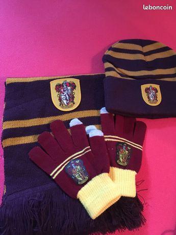 Set Harry Potter Gryffondor avec gants   écharpe   bonnet