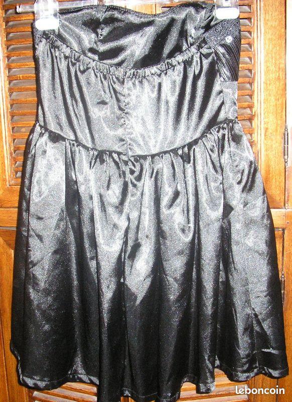 Robe de soirée noire bustier en satin ethina t38