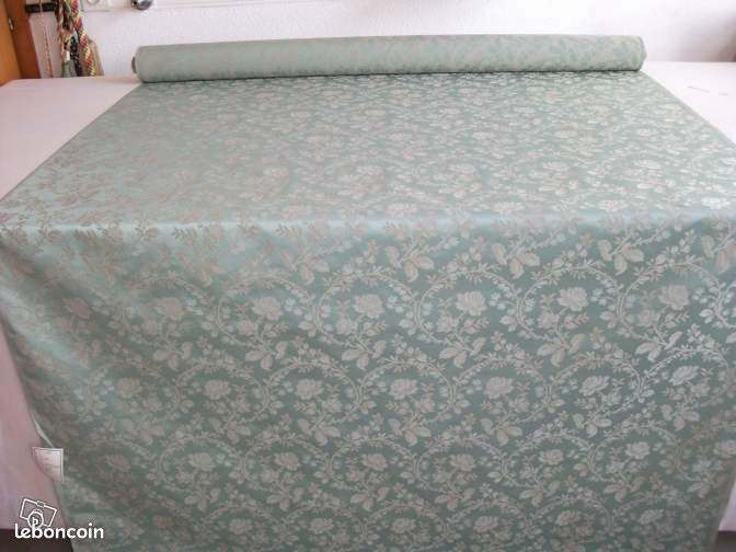 tissu damas yorgall vert clair quipements industriels. Black Bedroom Furniture Sets. Home Design Ideas
