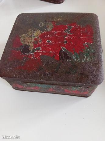 Boîte en fer