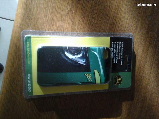 Coque pour Iphone 4 ou 4s - Le Roulier - Coque pour Iphone 4 ou 4s serigrafiée John deere 8360 R, neuve sous blister Envoi possible 5 euros  - Le Roulier