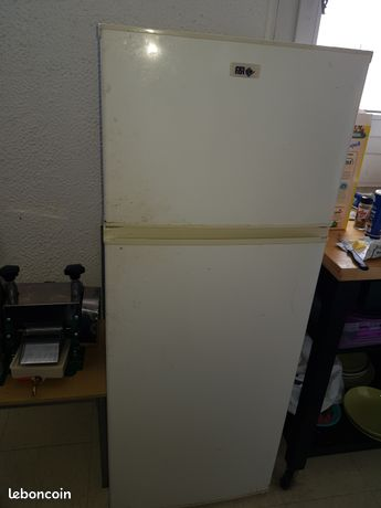 Réfrigérateur de marque far classe A