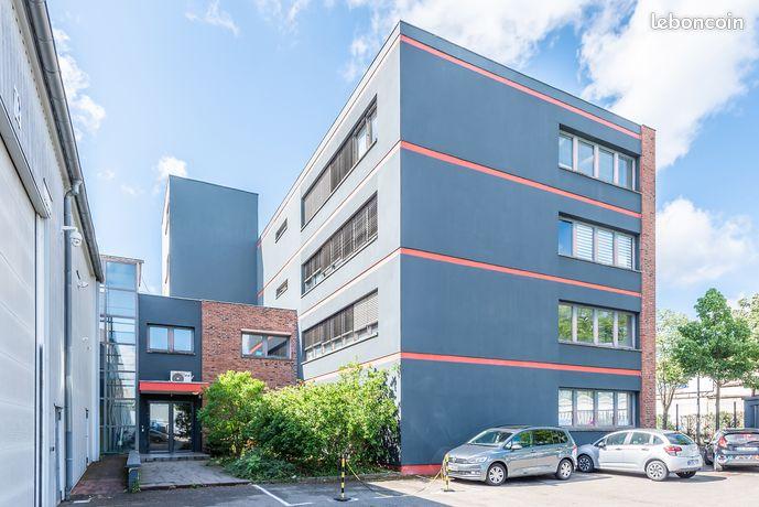 Bureau / 451 euros / 62 m² / Site gardienné
