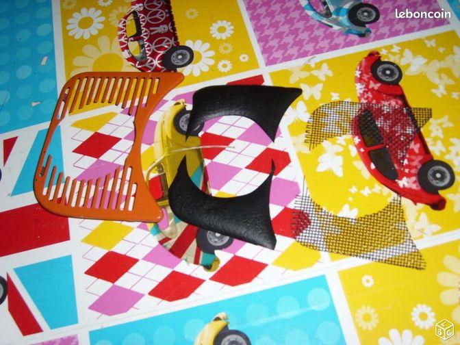 Grille de tableau de bord cox - Marly - grille de tableau de bord cox percé au diamétre : 66 mm pour fixation d un compteur avec grillage et vinyle de cache cox combi vw gégé vintage mes autres annonces tapez gégé vintage marly  - Marly