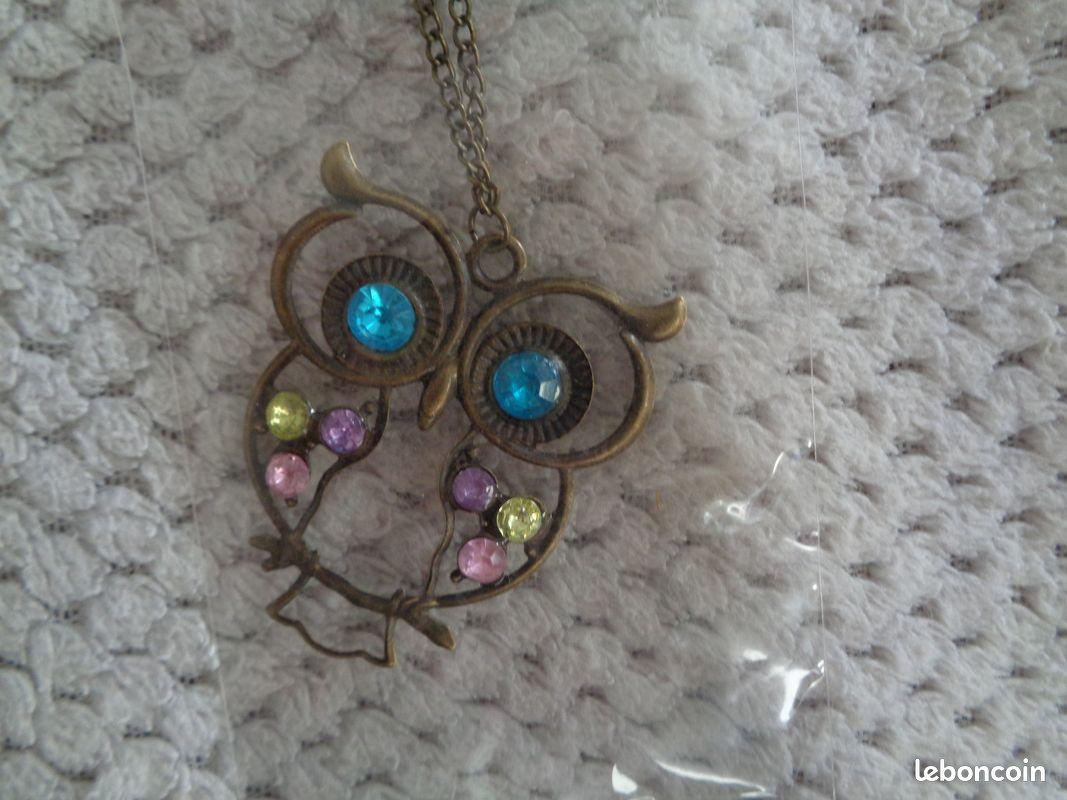 Sautoir/collier pendentif hibou