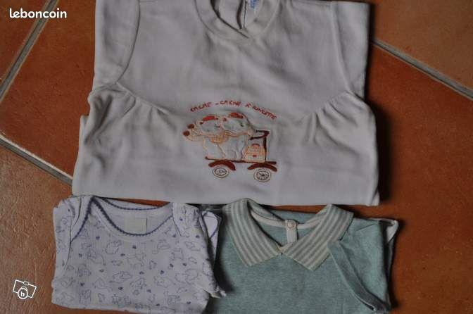 BODY / pyjama 6 mois - Sotteville-lès-Rouen - Body manches courte, 6 mois petits dessins 1€ Body vert, col polo manche courte 6 mois 1€ Pyjama velours coton épais, blanc ivoire 2€  - Sotteville-lès-Rouen