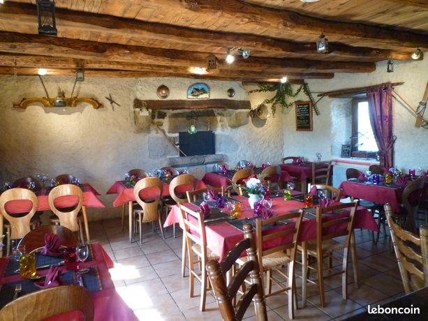 Restaurant bar licence iv (logement possible)