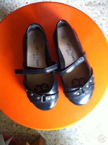 Ballerines noires chaussures bouches du rh ne for Le bon coin bouche du rhone