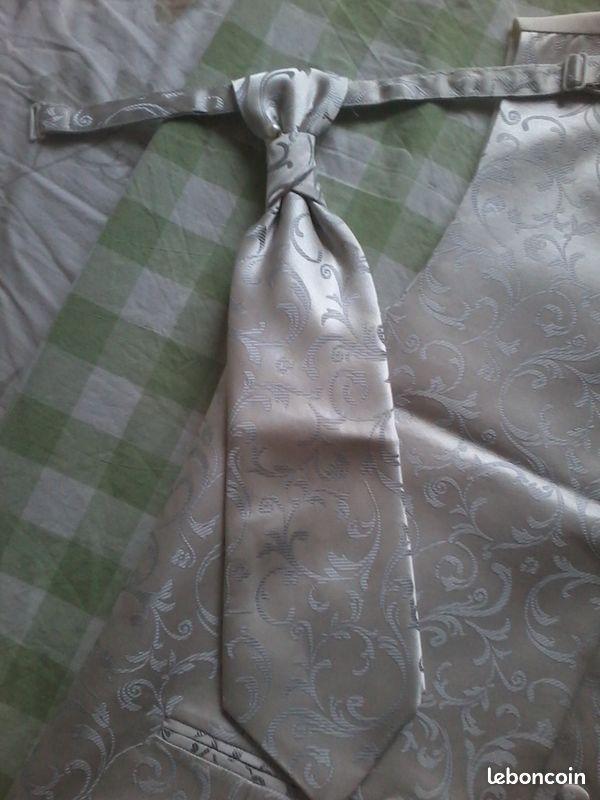 Gilet et cravate pour marié