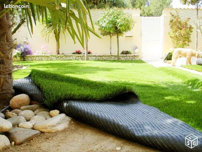 60m2 de pelouse synthetique gazon deco jardin jardinage for Decoration jardin gazon synthetique