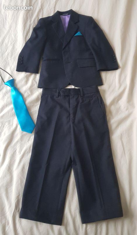 Costume bleu marine les p'tits mecs